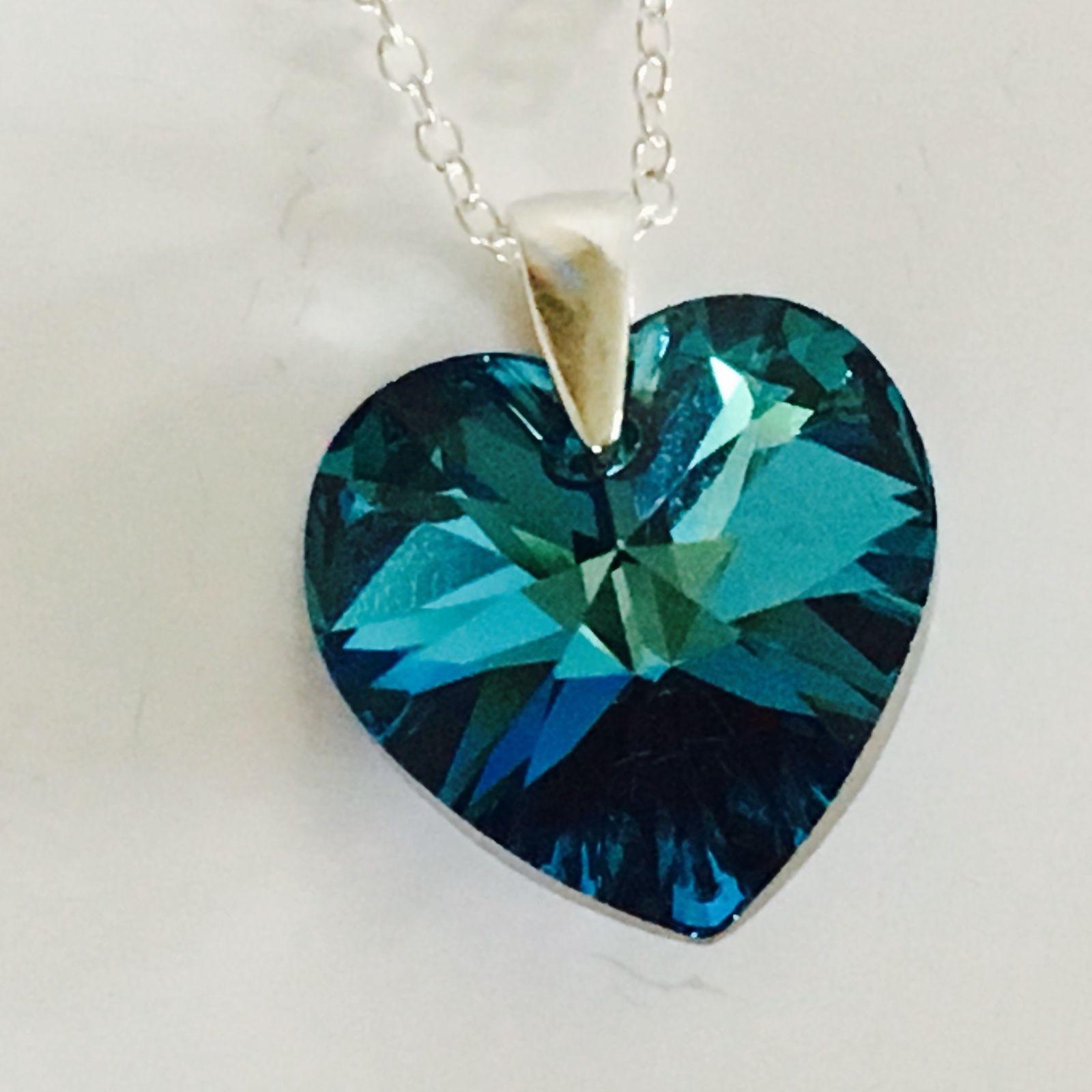 Leaf Pendant Necklace Uk
